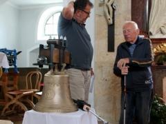 Slavnostní zavěšení zvonu