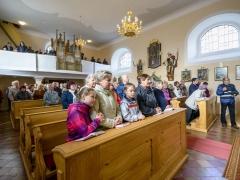 Nové svatostánky světil biskup Tomáš Holub 22.11.2017